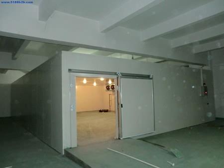 聚氨酯ab料墙体保温发泡机施工案例